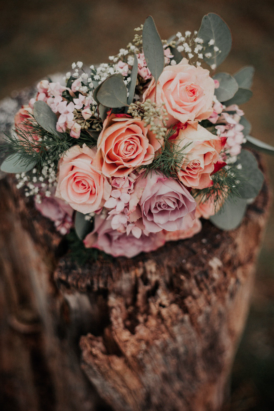 A beautiful rustic and vintage-style winter wedding Bouquet for the brides wedding in Wiesaden, Germany.