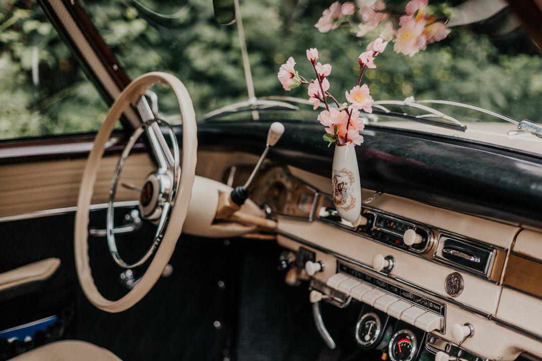 Borgward Oldtimer beim Hochzeitsshooting in Limburg
