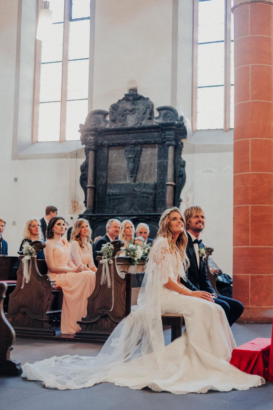 Hochzeitsfotograf bei einer Trauung in der Limburger Altstadt