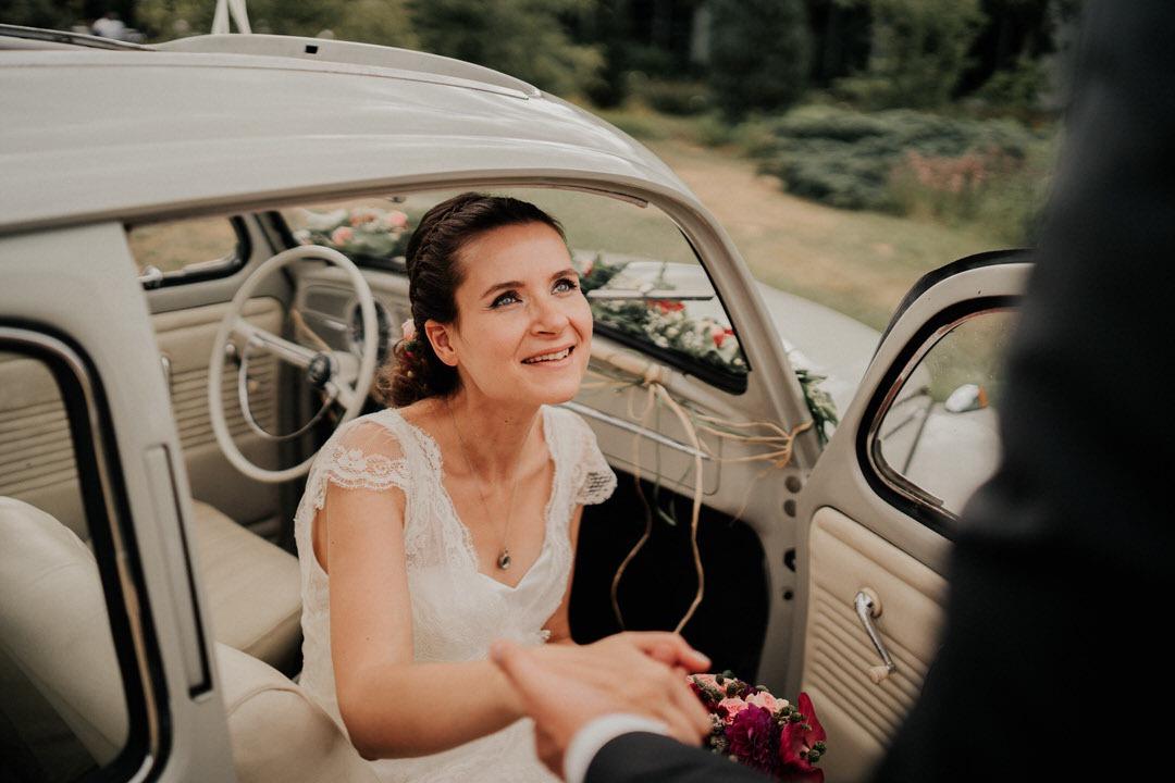 Braut im Oldtimer in Frankfurt am Main