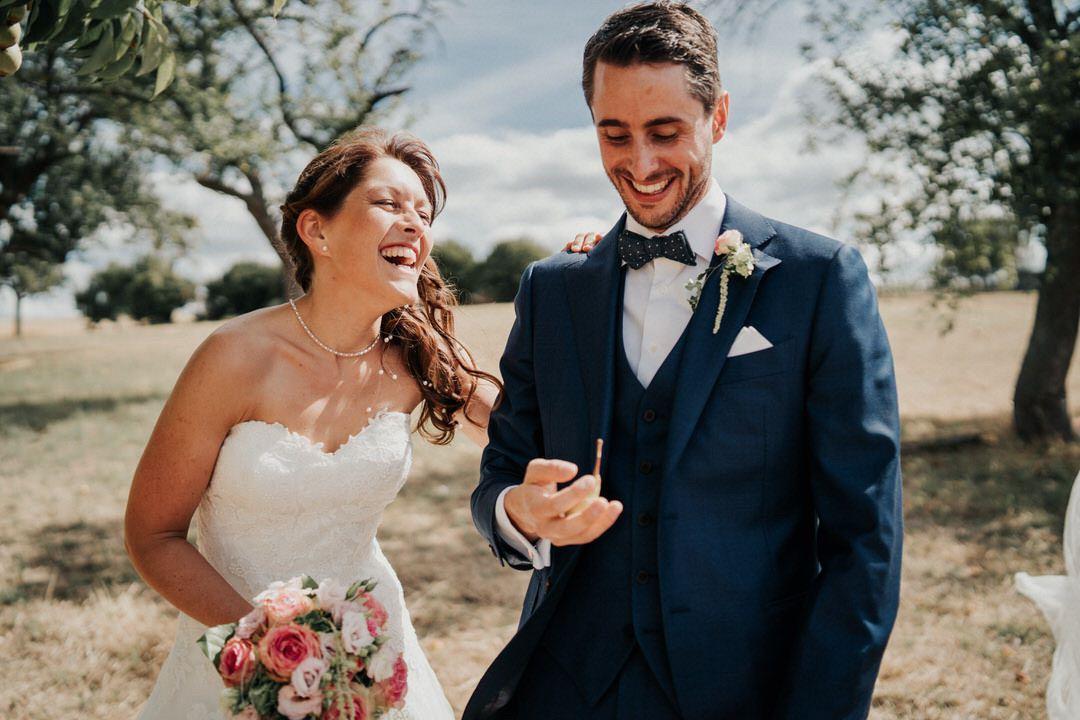 Freudentränen und viel Lachen beim Hochzeitsshooting nahe Wiesbaden in Hessen