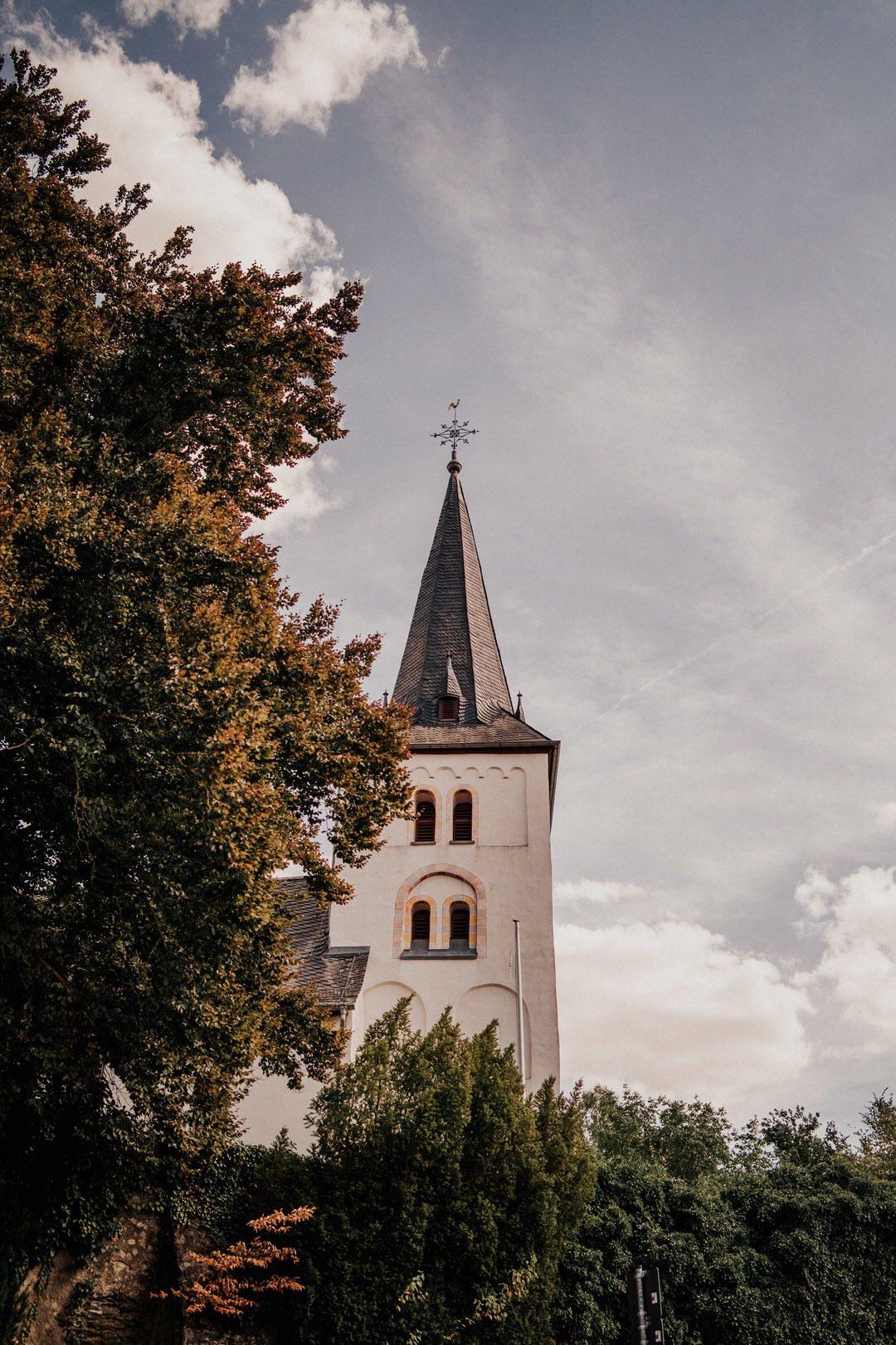 Im Jahr 2019 und 2020 heiraten in der Evangelischen St Nikolaus Kirche in Hahnstätten bei Wiesbaden