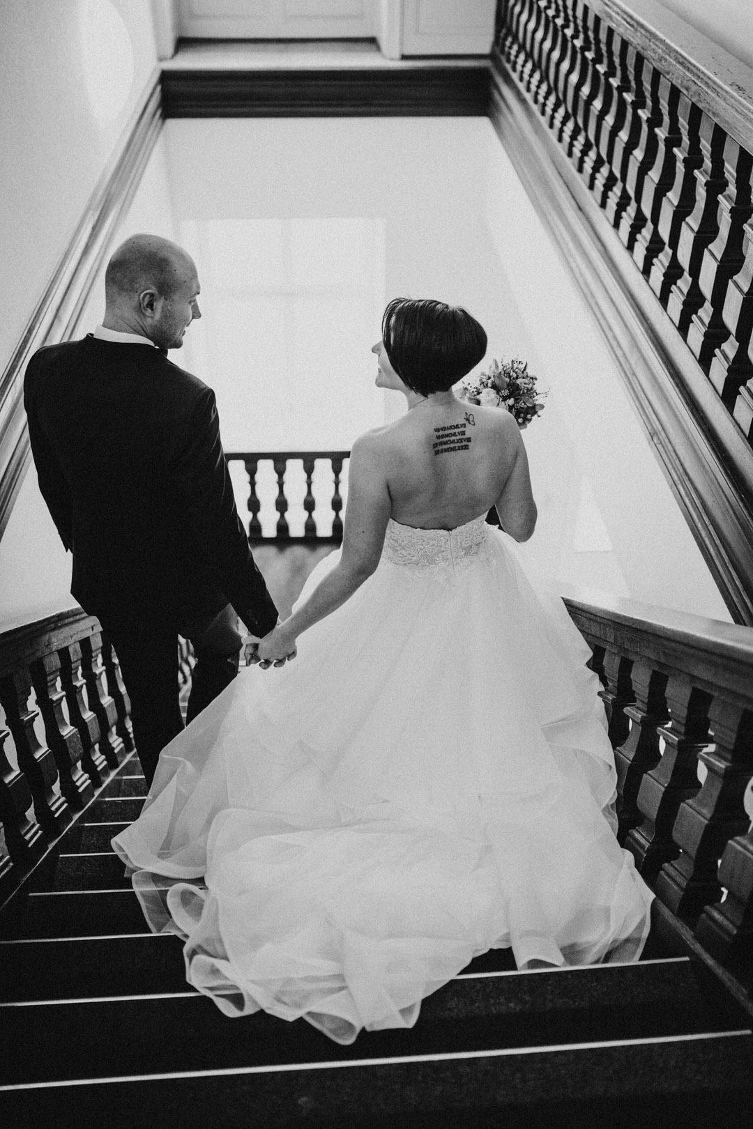 Besondere und authentische Hochzeitsfotos für Fotoreportagen im Winter