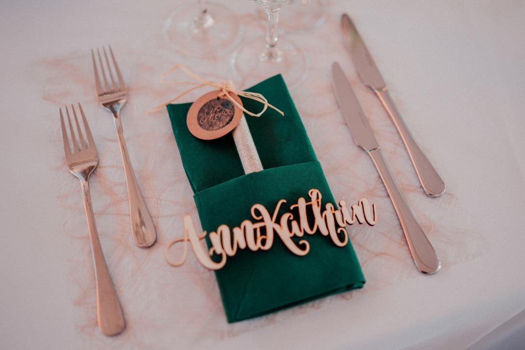 Boho-Winterhochzeits Dekoration in der Hochzeitslocation in Wiesbaden