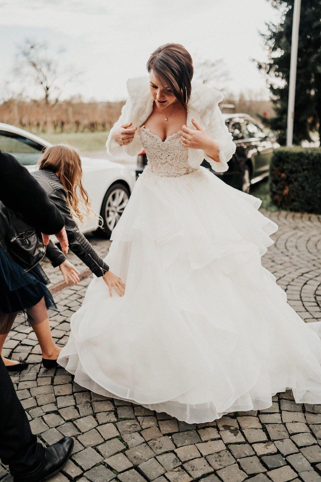 Hochzeitskleid, Outfit für Hochzeiten im Winter