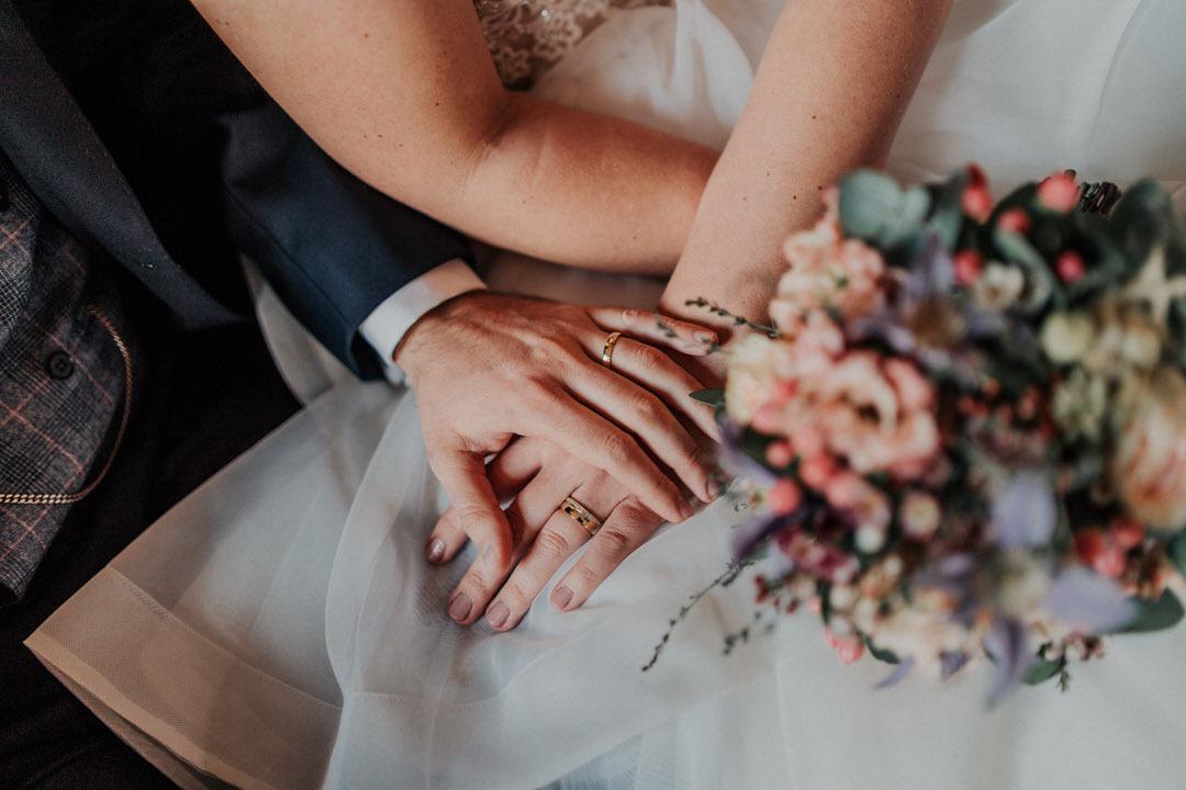 Hochzeitsshooting Details bei einer Winterhochzeit