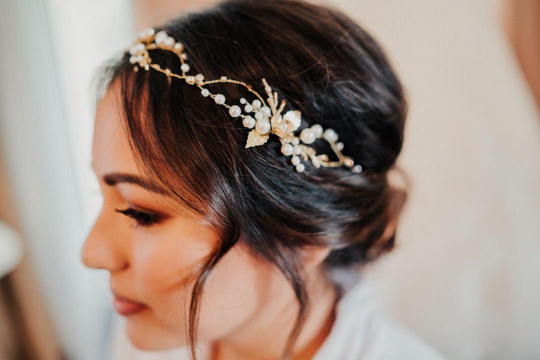 Boho Haarkranz der Braut bei einer Hochzeitsreportage in Wiesbaden