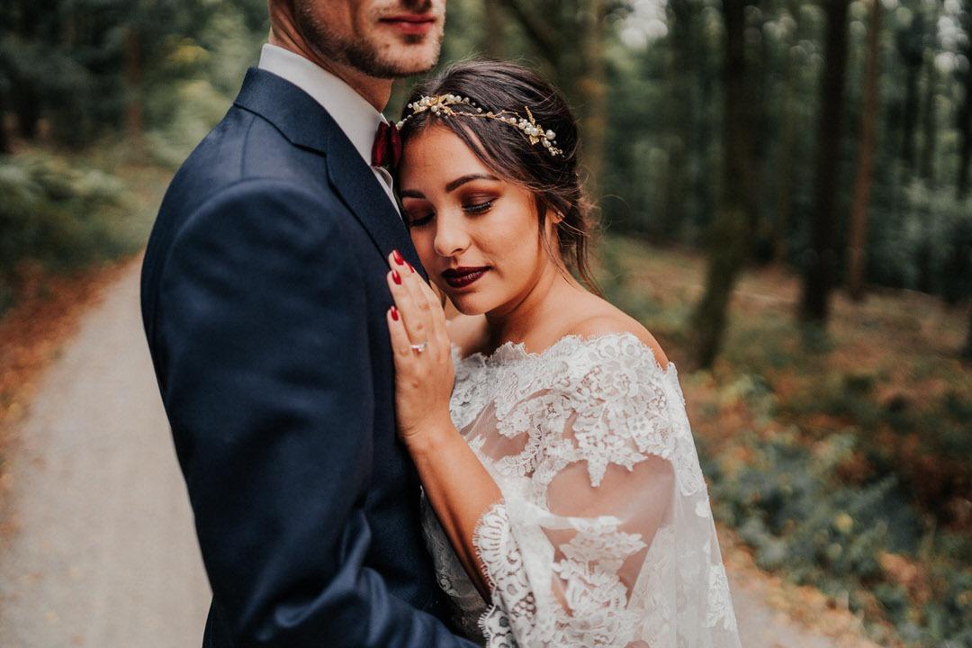 Emotionale Hochzeitsportraits in Wiesbaden und Umgebung, Fotoshooting im Naturpark Rhein-Taunus