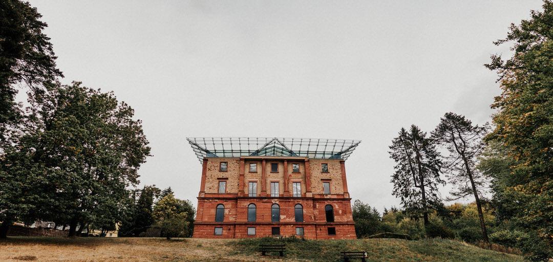 Panorama-Bild des Jagdschloss Platte, top Rusit-Chic Location in Wiesbaden, Hessn