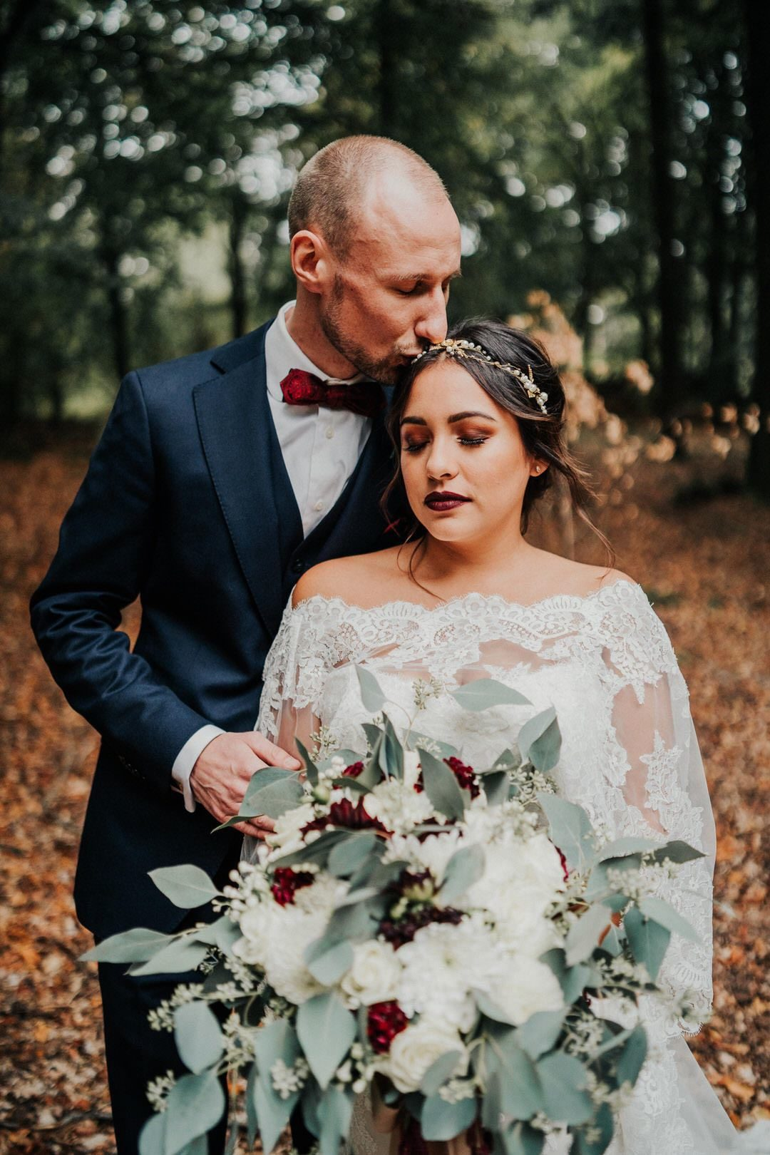 Emotionale Hochzeits-Paarfotografie im Boho-Stil in Wiesbaden