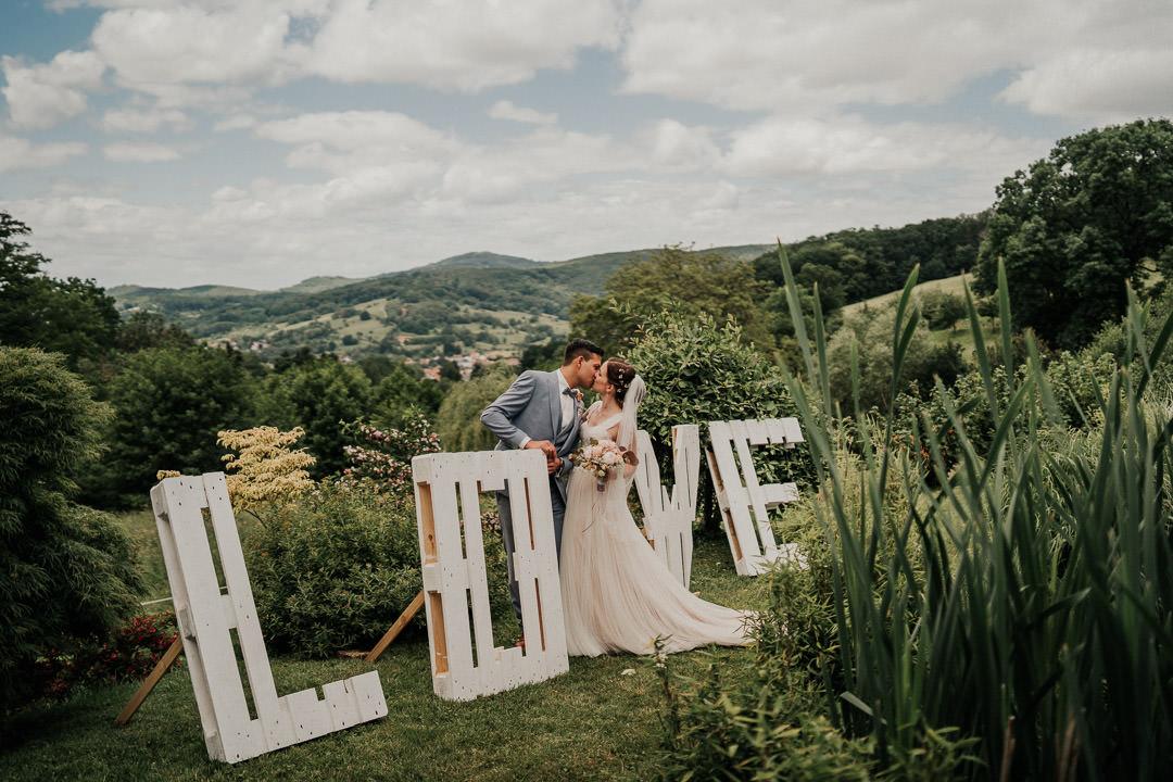 Hochzeitslocation mit Ausblick, das wunderschöne Hofgut Hohenstein