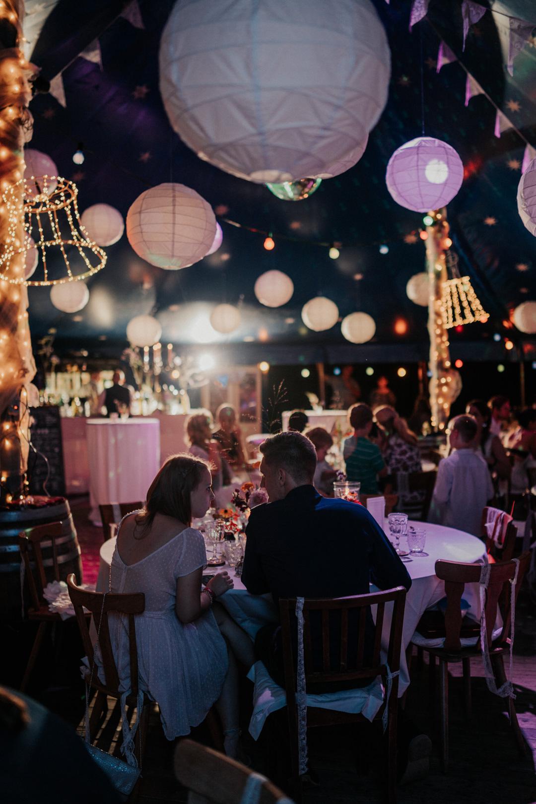 Vintage Zirkuszelt Hochzeitslocation Café Blütezeit