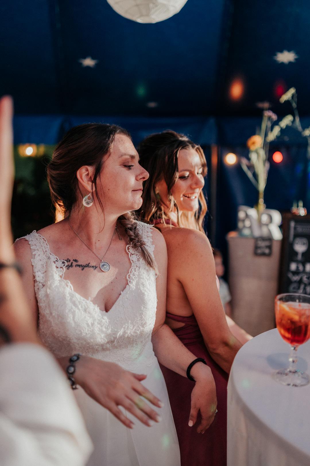 Elegante Schwarz-Weiss Hochzeitsfotografie in Hessen