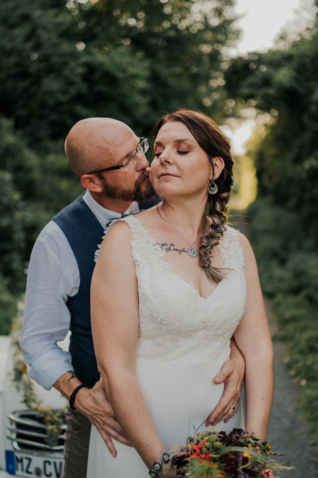 Hochzeitsfotograf für natürliche Hochzeitsbilder in Limburg und Umgebung